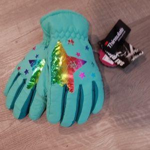 New THinsulate girls winter ski gloves M/L